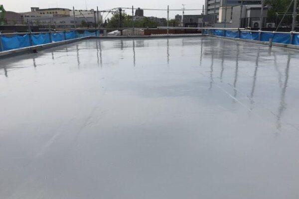 屋上の防水工事(ウレタン通気緩衝工法)