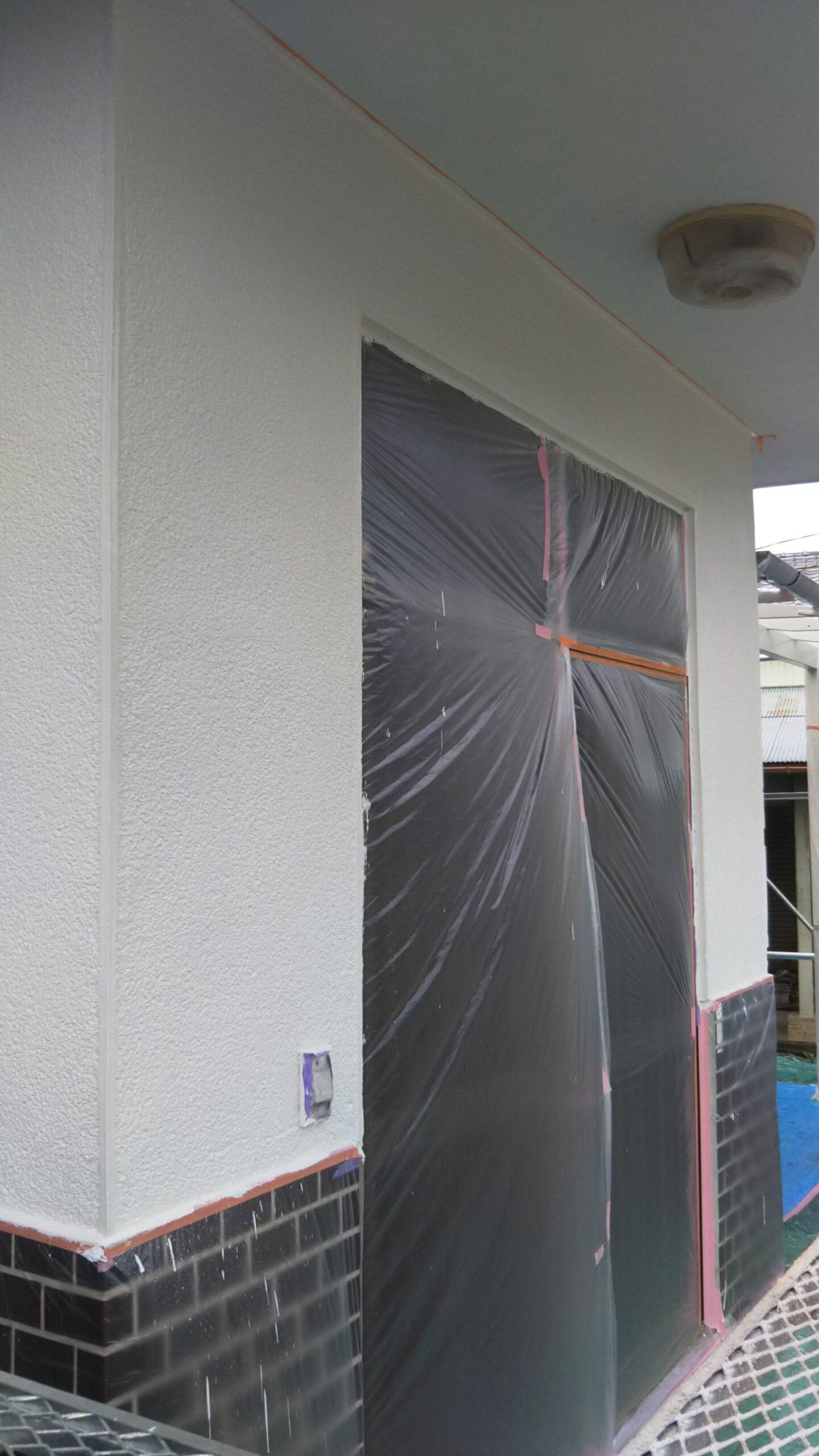 埼玉県さいたま市 外壁及び木部、鉄部の仕上げ塗装 埼玉県さいたま市緑区のM邸にて外壁の塗り替えリフォーム