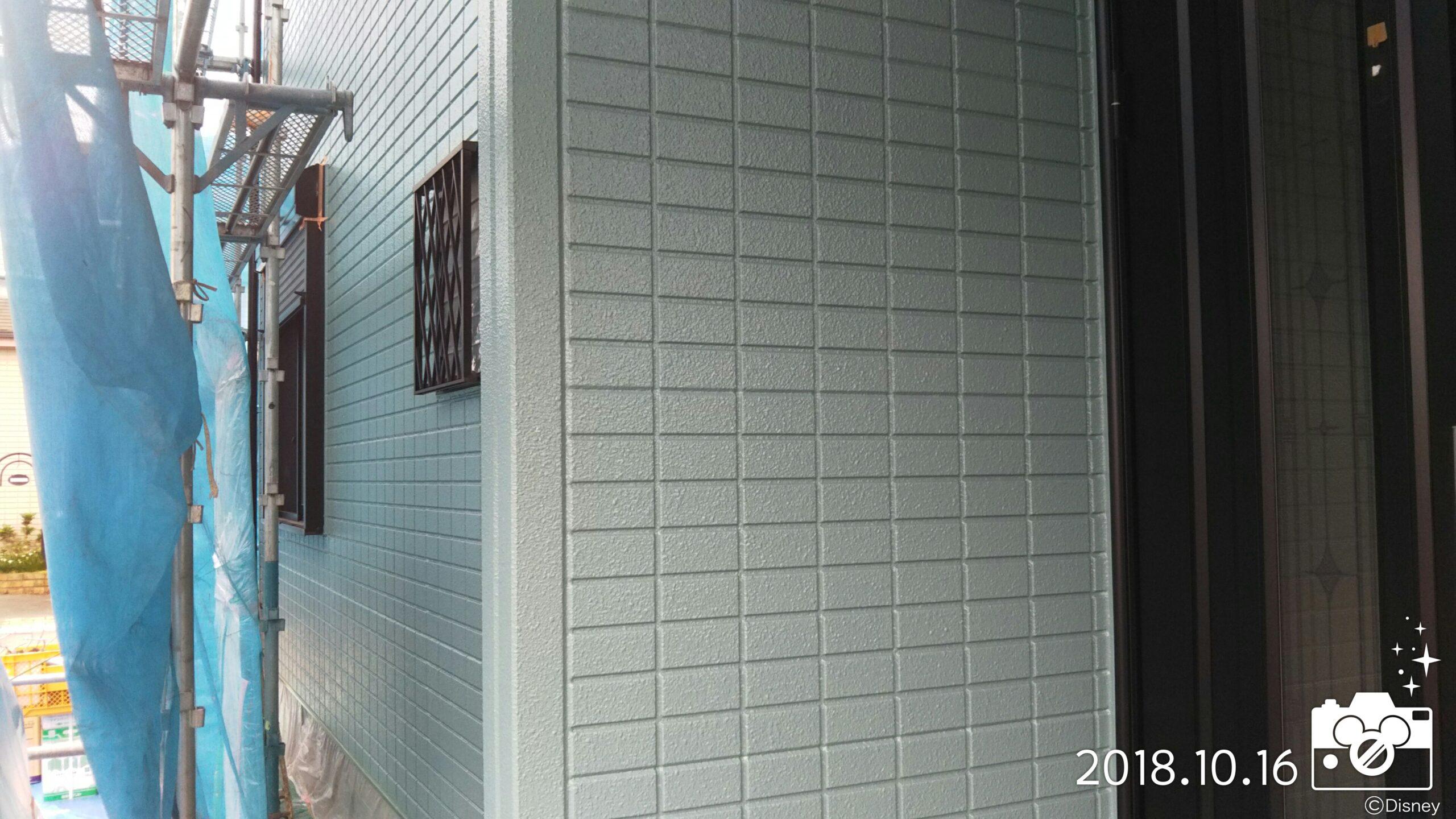 埼玉県さいたま市 鉄部サビ止め塗装・鉄部仕上げ塗装・サッシの掃除|さいたま市岩槻区の木造2階建てのM様邸にて塗り替えリフォーム中