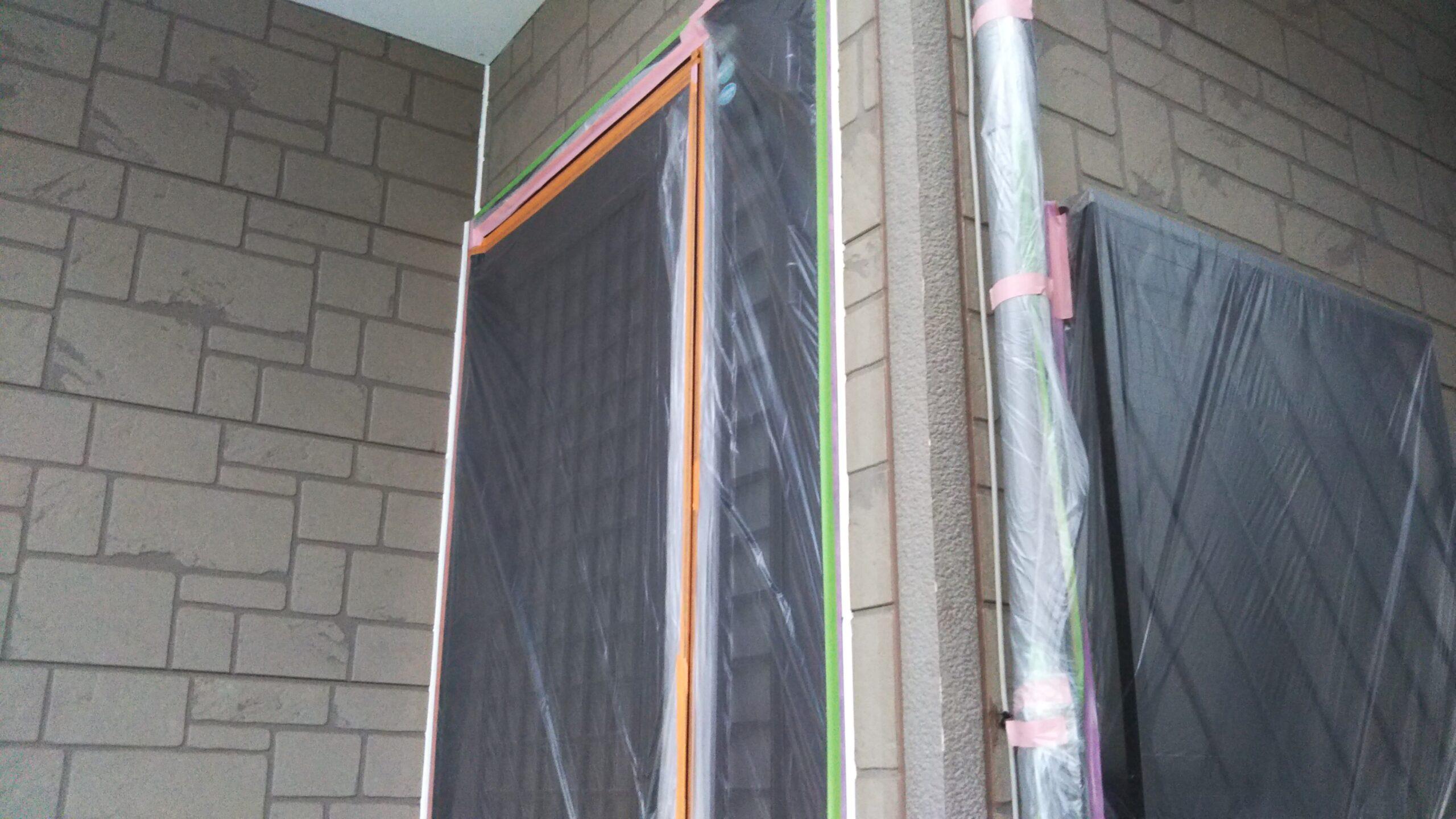 埼玉県さいたま市西区のK様邸(木造2階建て)にてコーキングの打ち替え・屋根塗装・養生