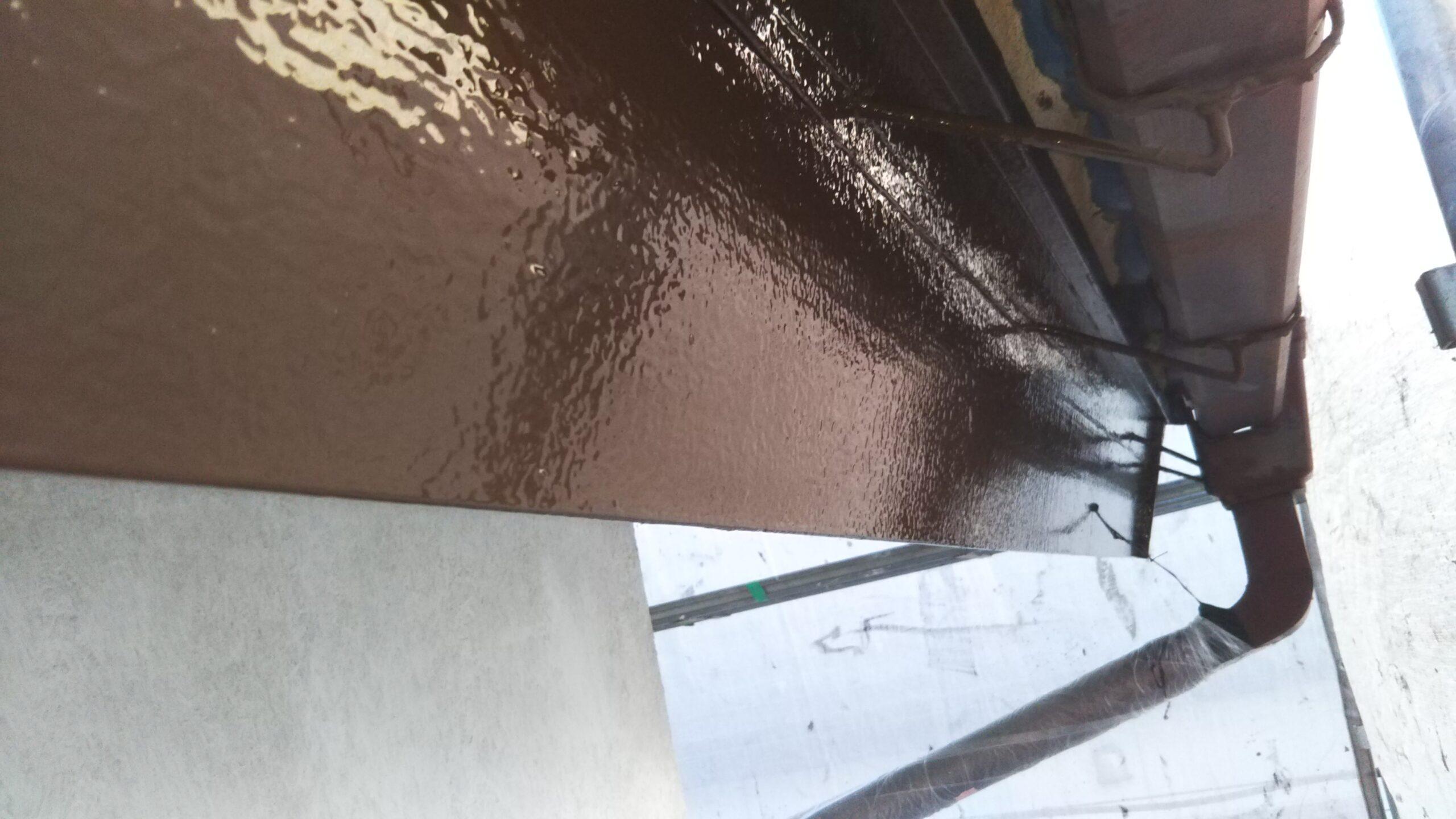埼玉県さいたま市岩槻区のN様邸(木造2階建て)にて軒・破風・軒樋の仕上げ塗装