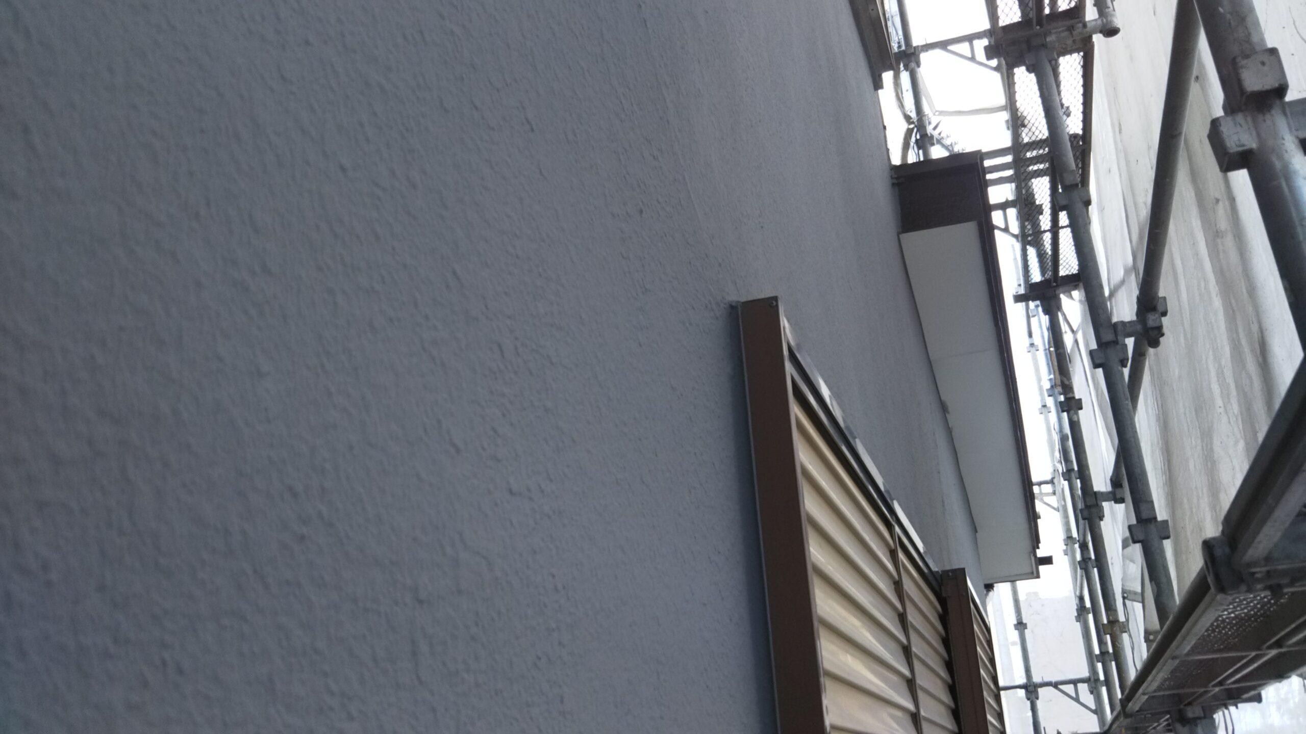 埼玉県さいたま市岩槻区のN様邸(木造2階建て)にて雨戸・木部・鉄部の塗装工事