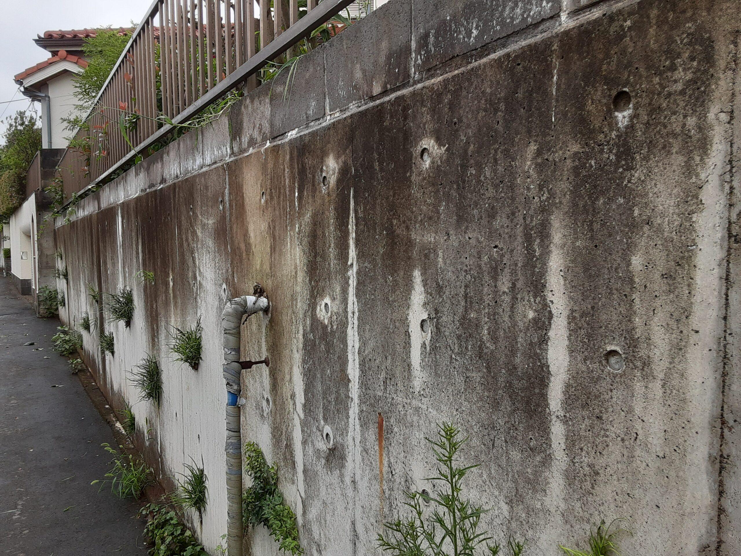 さいたま市浦和区のN様邸(木造2階建て)にて門塀の高圧洗浄