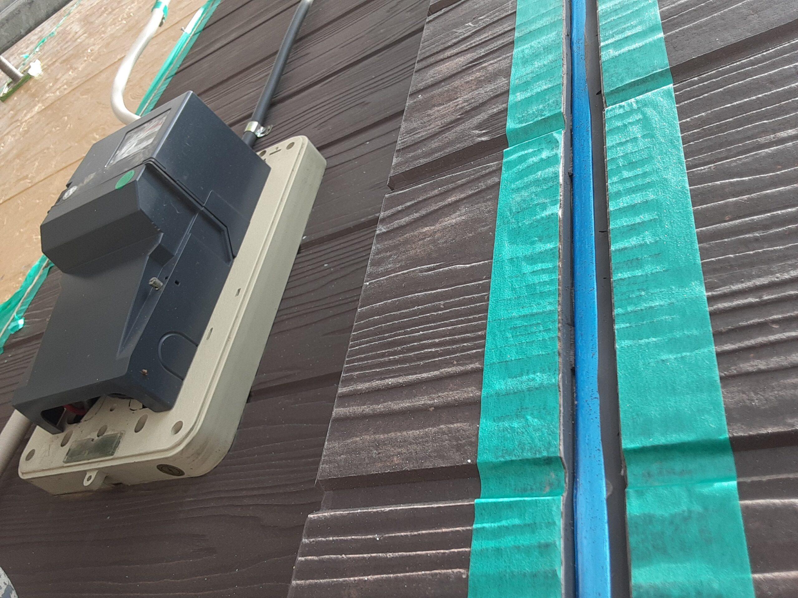 埼玉県さいたま市桜区のA様邸(木造3階建て)にて外壁のコーキング撤去・打ち替え