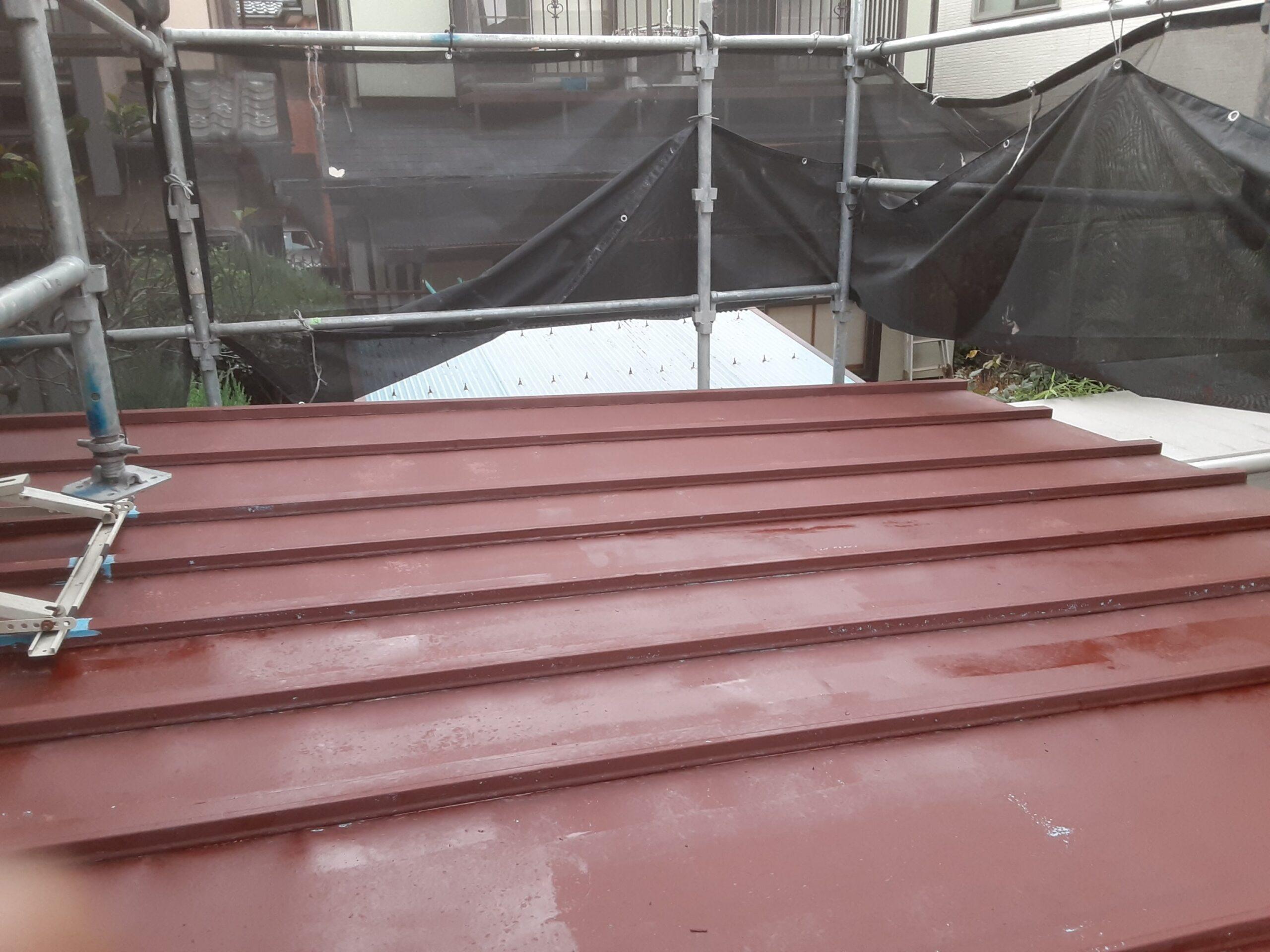 鉄部の仕上げ塗装/さいたま市南区の(木造2階建て)Y様邸にて塗り替えリホーム中