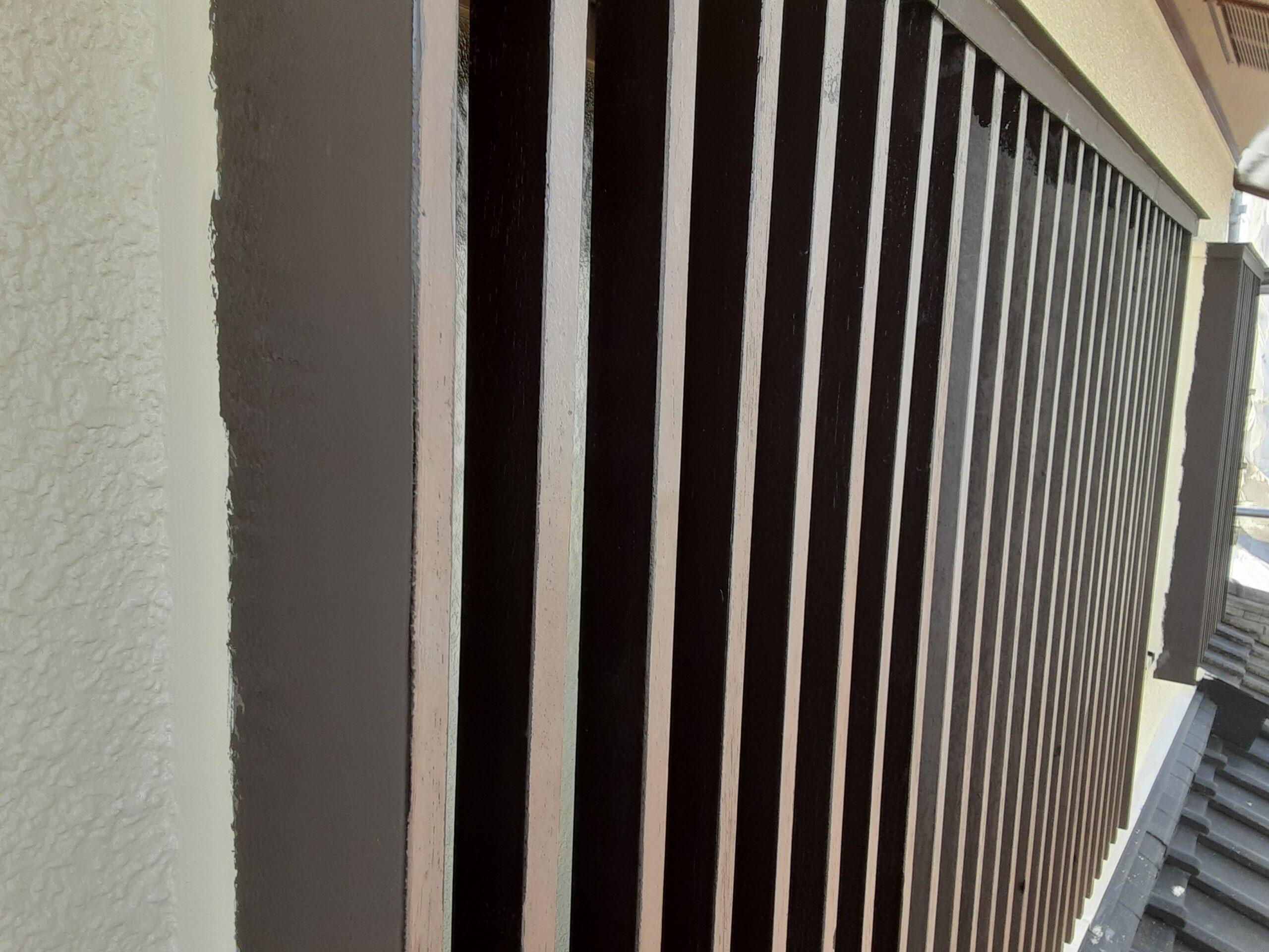 さいたま市見沼区のS様邸(木造2階建て)にて木部・鉄部の塗装工事