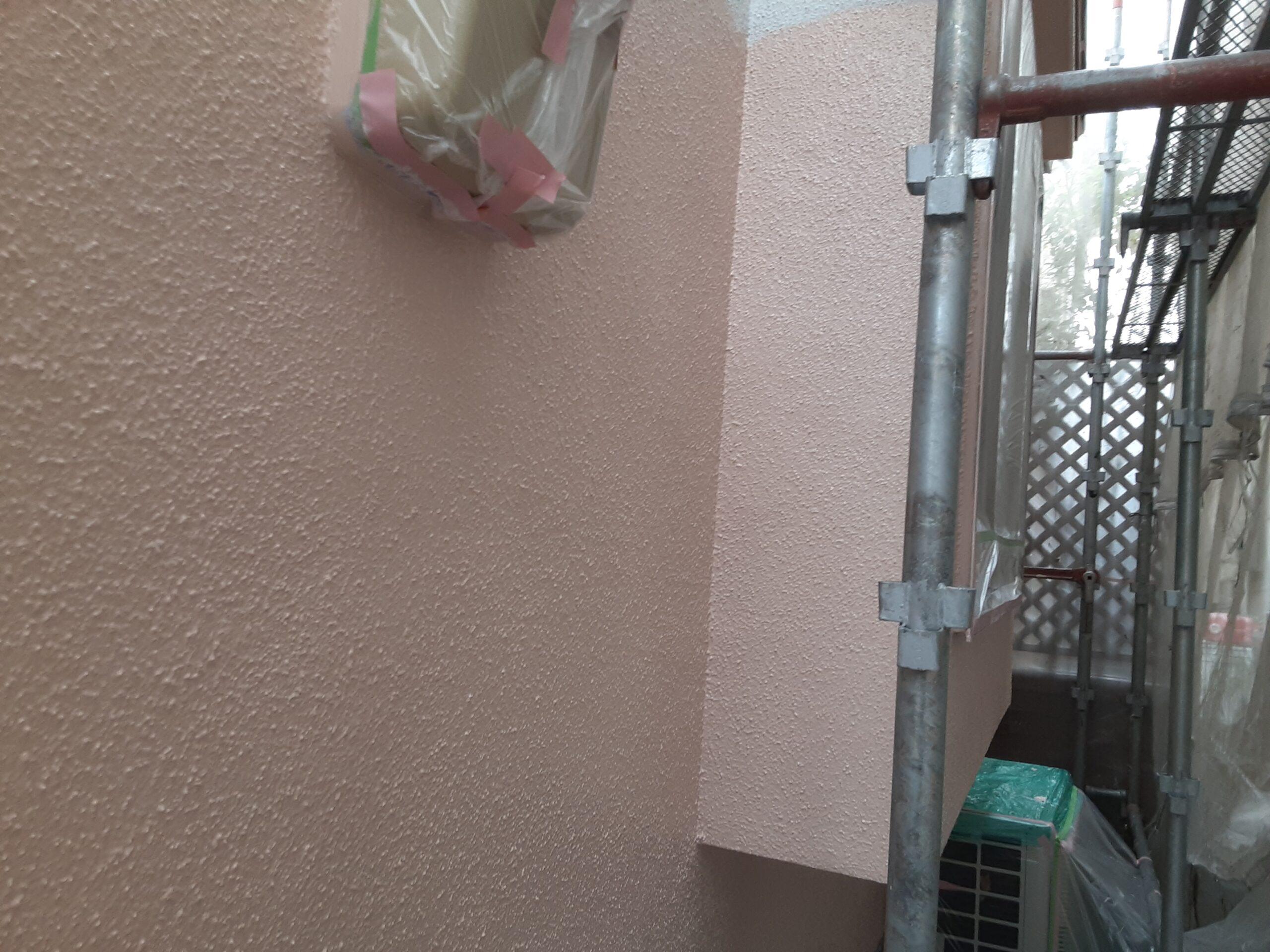 埼玉県さいたま市大宮区のW様邸(木造2階建て)にて屋根・外壁の中塗り塗装