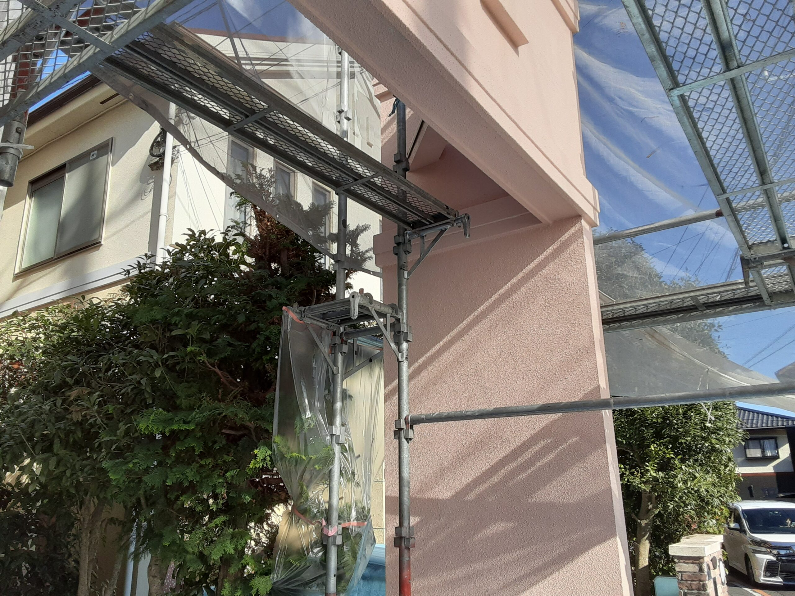 さいたま市大宮区のW様邸(木造2階建て)にて鉄部の塗装工事