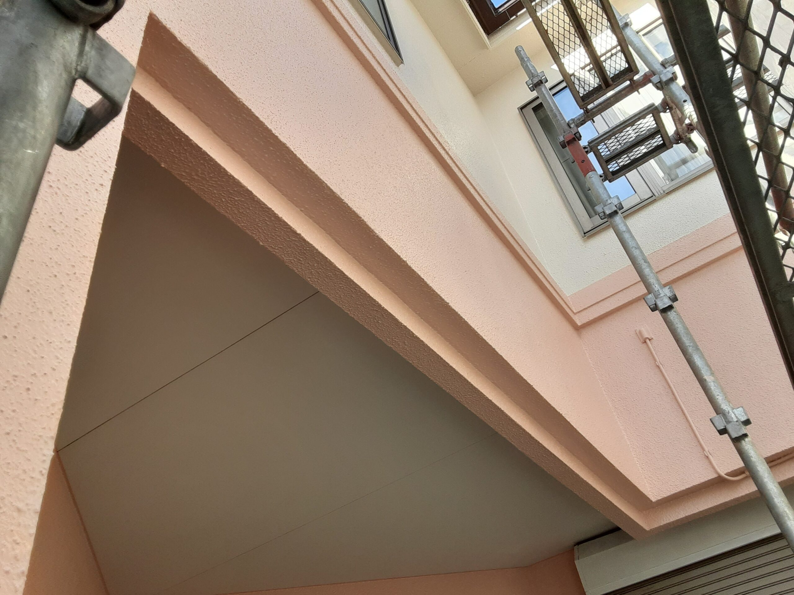さいたま市大宮区のW様邸(木造2階建て)にて屋根・鉄部の塗装工事