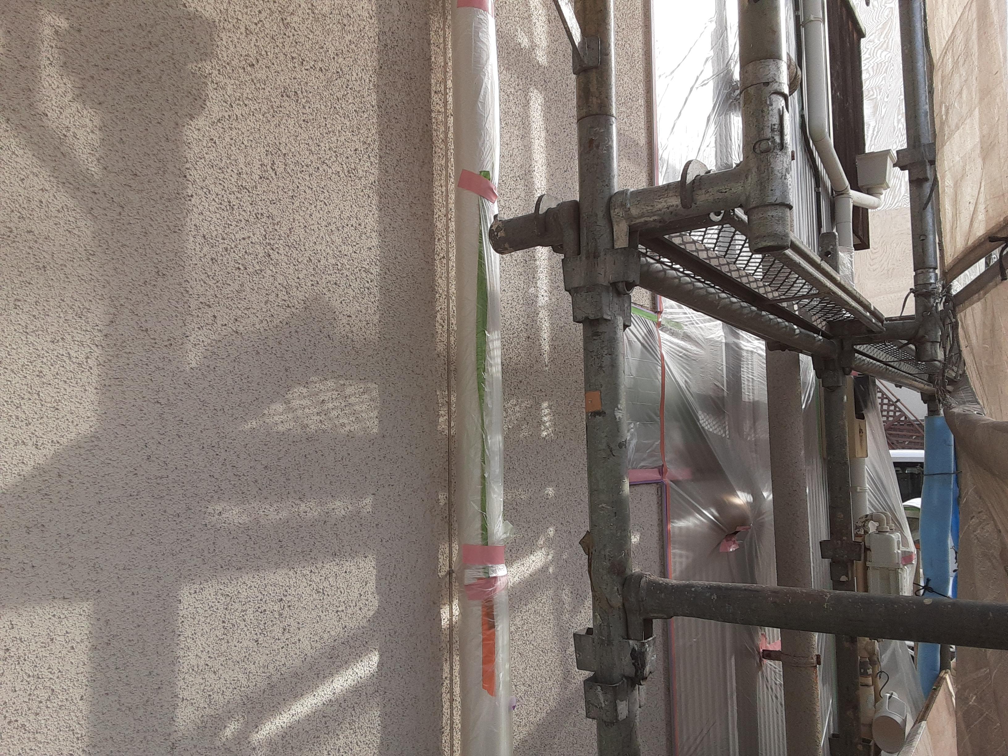 埼玉県さいたま市中央区のK様邸(木造2階建て)にて外壁の塗り替えリフォーム中