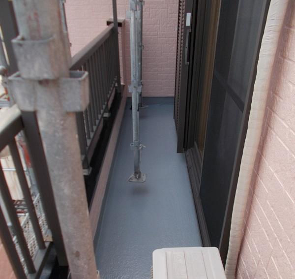 埼玉県さいたま市緑区 S様邸 屋根塗装・外壁塗装・付帯部塗装・防水工事 ベランダ防水工事 FRP防水 (2)