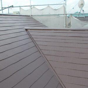 埼玉県越谷市 屋根塗装 外壁塗装 屋根中塗り・上塗り 塗料とペンキの違い (3)