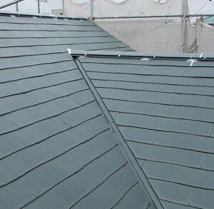 埼玉県越谷市 屋根塗装 外壁塗装 屋根下塗り 日本ペイント ファイン浸透シーラー透明 (4)