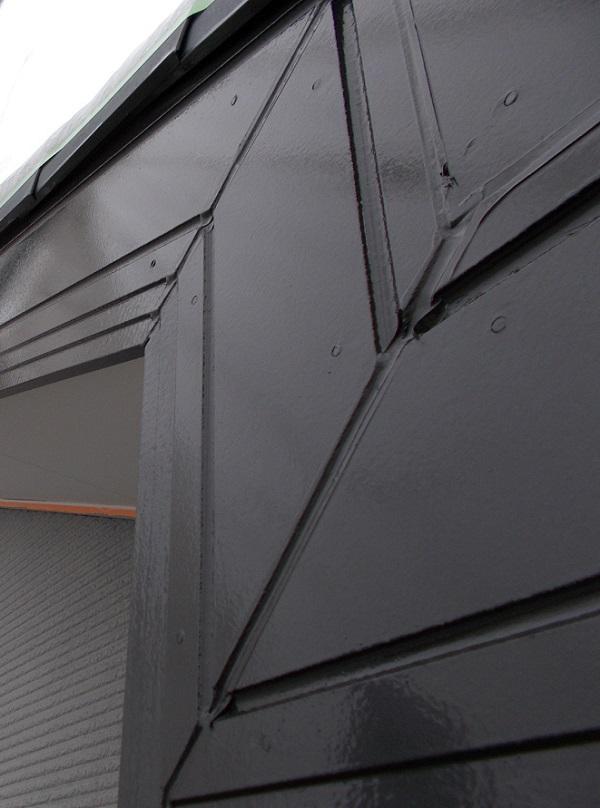 埼玉県上尾市 E様邸 外壁塗装・付帯部塗装 破風板塗装 破風板の色選びに迷ったら (1)