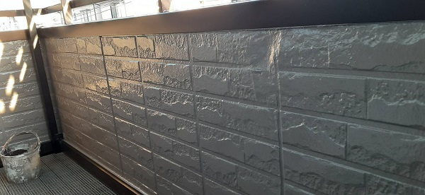 さいたま市緑区 N様邸 外壁塗装 ベランダ腰壁の下地処理~塗装 (4)