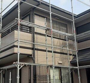 さいたま市緑区 N様邸 外壁塗装 足場組み立て 飛散防止ネット(メッシュシート) 高圧洗浄 (2)