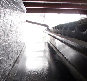 埼玉県さいたま市桜区 Y様邸 屋根塗装・外壁塗装・付帯部塗装 出窓屋根、換気カバー、 シャッターボックス、シャッター塗装 (2)