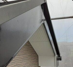 埼玉県さいたま市北区 N様邸 外壁塗装・付帯部塗装 土間養生 破風板下地処理~下塗り (2)