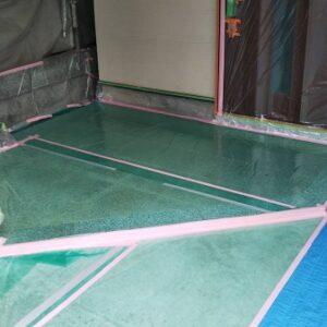 埼玉県さいたま市南区 S様邸 屋根塗装・外壁塗装 養生 下塗り (3)