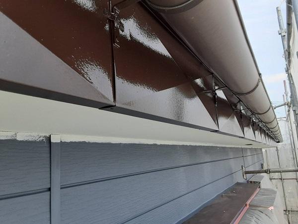 埼玉県さいたま市西区 S様邸 漆喰工事・外壁塗装 破風・軒樋塗装 外壁塗装中塗り (1)