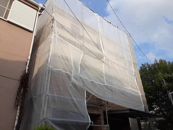 埼玉県さいたま市緑区 F様邸 外壁塗装 足場設置 飛散防止ネット (2)