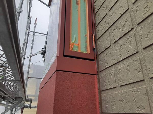 埼玉県さいたま市西区 N様邸 屋根塗装・外壁塗装 外壁中塗り 鉄部塗装 錆び止めの効果って (1)